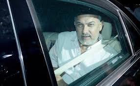 Aamir Khan Home Aamir Khan U0027s Car Met With An Accident During Panchgani Return Koimoi
