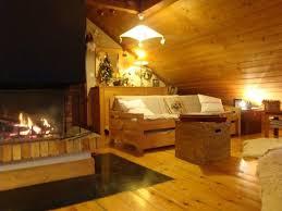 housse de couette montagne chalet villard 6 pers haut de chalet avec cheminée deco montagne expo
