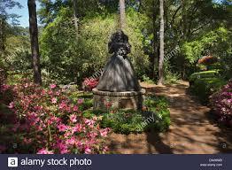 queen elizabeth 1 statue elizabethan gardens roanoke island outer