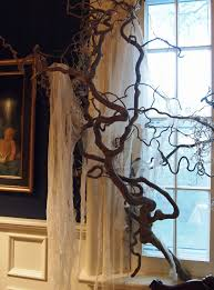 How To Decorate A House For Halloween by Tricks And Treats For Halloween Decorating Nell Hills