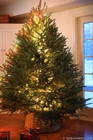 how to light a christmas tree how to light christmas tree moviepulse me