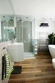 Flooring Bathroom Ideas by Best 25 Wood Floor Bathroom Ideas Only On Pinterest Teak