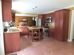cleaning kitchen cabinets with vinegar cleaning wood kitchen cabinets with vinegar awesome how to make