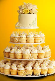 how much is a wedding cake how much is a wedding cake with cupcakes best images about