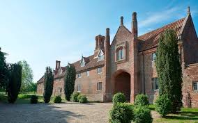 What Makes A House A Tudor How A Grade I Tudor House Was Brought Kicking And Screaming Into