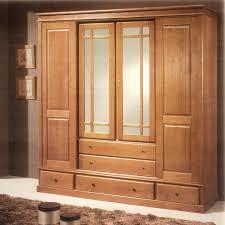 model armoire de chambre armoire en bois urbantrott com