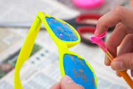 Glow In The Dark Spray Paint Colors - make your own glow in the dark sunglasses