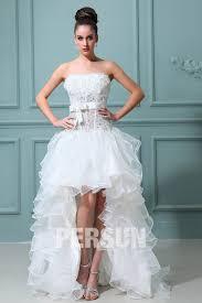 robe mari e robe mariée courte décolleté en coeur ornée de fleurs en organza
