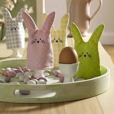 easter rabbits decorations handmade easter decorations 22 bunny craft ideas for tables
