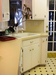 Diy White Kitchen Cabinets by Budget Friendly Before And After Kitchen Makeovers Diy