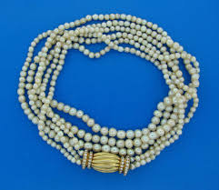 natural necklace pearl images Natural saltwater pearl necklace with diamond gold clasp for sale jpeg