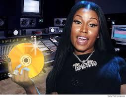 niki taylor talks about pregnancy popsugar moms nicki minaj ditched social media to focus on epic new album tmz com