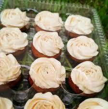 unreal food 31 photos u0026 14 reviews cupcakes miami fl