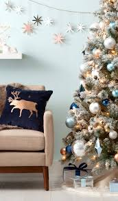 decorating ideas for christmas 20 christmas garland decorating ideas bright bold and beautiful blog