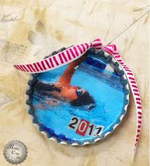 how to make bottle cap photo ornaments