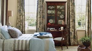 Master Bedroom Decorating Ideas Southern Living - Antique bedroom design