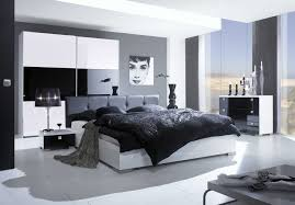 Bedroom  Black And White Color Theme Master Bedroom Decorating - Black bedroom set decorating ideas