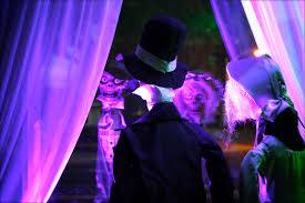 Halloween Flood Lights by Myscaryblog Com 10 01 2012 11 01 2012