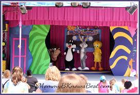 Six Flags Ga Looney Tunes We Got The Beat Six Flags Over Georgia Mommyb