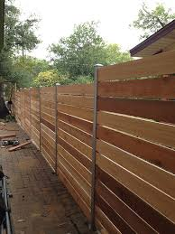 Backyard Fences Ideas by Best 25 Cedar Fence Ideas On Pinterest Cedar Fence Boards