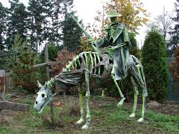 Halloween Posable Skeleton I Wish I Could Make Such Things I Would Do A Unicorn Skeleton