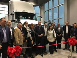 kenworth 2016 calendar kenworth truck centres hosts grand opening for new cambridge