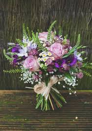 purple wedding flowers 25 swoon worthy summer wedding bouquets tulle