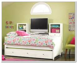 Daybed With Storage Drawers Bookcase Daybed With Storage And Trundle Kendall Daybed With