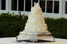 how much is a wedding cake typically how much are wedding cakes nowadays uk cakes quora