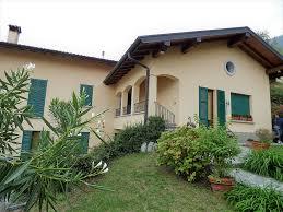 See Mezzegra Wohnung Auf Zwei Ebenen Mit Garten Und Seeblick