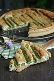 fleurs de ciboulette en cuisine quiche aux asperges et fleurs de ciboulette culinaire by
