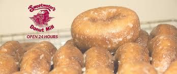 Halloween Usa Battle Creek Mi Sweetwater U0027s Donut Mill Kalamazoo Mi Baked Goods Muffins Coffee