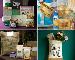 Welcome Baskets For Wedding Guests Welcome Bags For Out Of Towners Weddingbells