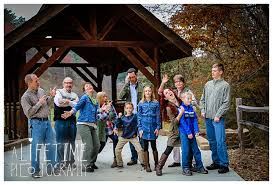 family thanksgiving creek crossing cabins pigeon forge