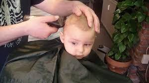 couper cheveux garã on tondeuse première coupe de cheveux bébé 11 mois haircut baby boy 11