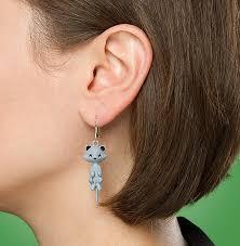 cat earrings schrödinger s cat earring thinkgeek