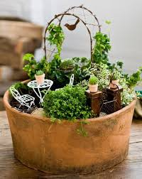 Fairies For Garden Decor 25 Unique Miniature Gardens Ideas On Pinterest Fairy Garden