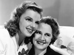 hollywood moms were brooke shields and judy garland u0027s pushy