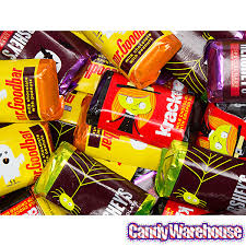 halloween hershey u0027s miniatures assortment 115 piece bag