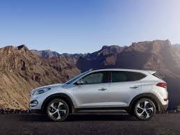 is hyundai tucson a car hyundai tucson gdi gls 2 4 4x4 2017 with prices motory saudi arabia