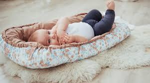 tv in middle of room how to get baby to sleep 9 baby u0026 newborn sleep tips