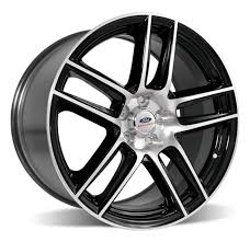 2014 mustang rear 2005 2014 mustang rear wheel black w machined ford racing