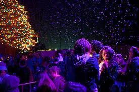 Christmas Tree Lighting 26th Annual Christmas Tree Lighting Delights The Chimes Biola