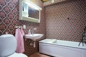 tapeten für badezimmer tapete wasserfest machen marcusredden
