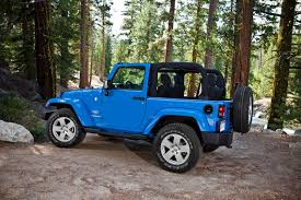 jeep wrangler sports 2012 jeep wrangler gets 3 6 liter pentastar v6 with 285 ponies and