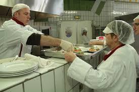 cuisine centrale toulouse à toulouse on lutte contre le gaspillage alimentaire pour venir