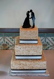 alternative wedding cakes for your vow renewal