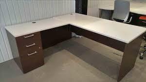 petit bureau de travail angle ordinateur lepolyglotte petit bureau de travail mobilier sign