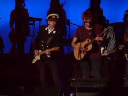 White Flag Lyrics Gorillaz Gorillaz Live At Madison Square Garden According 2 G