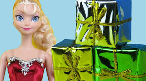 unwrapping the christmas gifts elsa anna toddlers open the